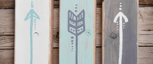 Places to Find Reclaimed Wood - Where To Find ReClaimed Wood For Crafts And More! - The Homespun